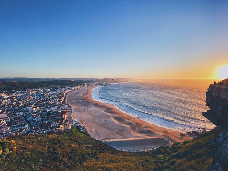 Pelos Trilhos de Portugal-Rota dos Milagres da Nazaré, Nazaré