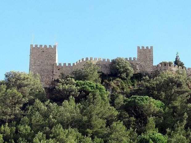 Pelos Trilhos de Portugal-Da Vila ao Castelo, Sesimbra