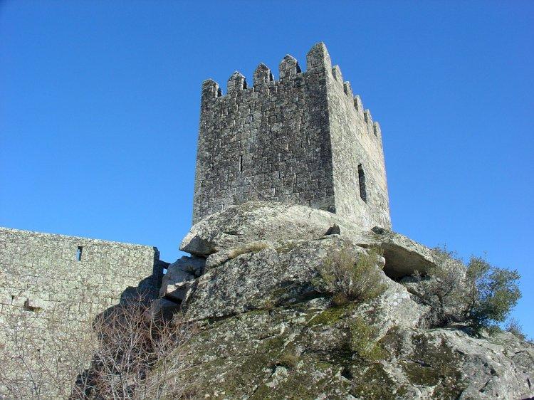 O Rio Côa e os Castelos à sua beira