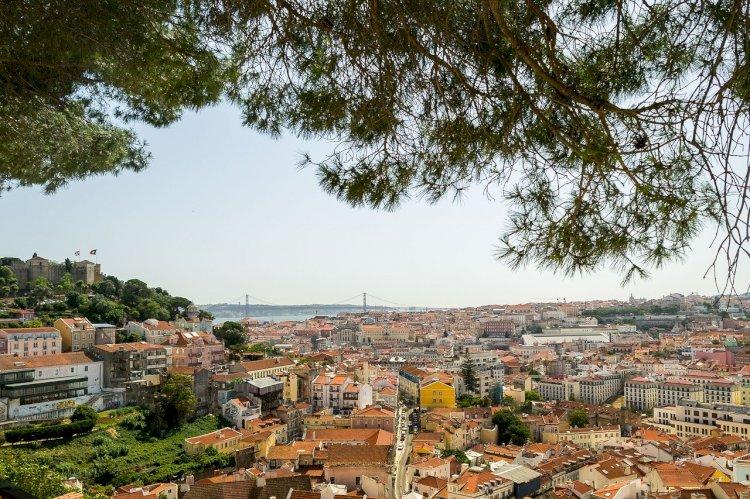 Olhar Portugal-Miradouro da Graça, Lisboa