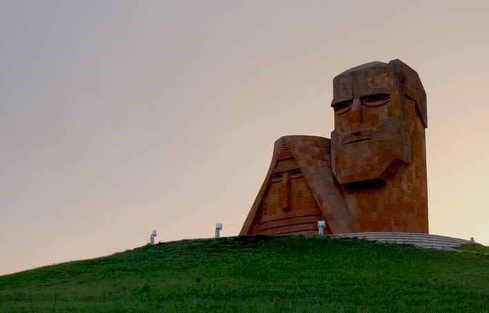 Fundação Gulbenkian aprova ajuda humanitária a arménios de Nagorno-Karabah