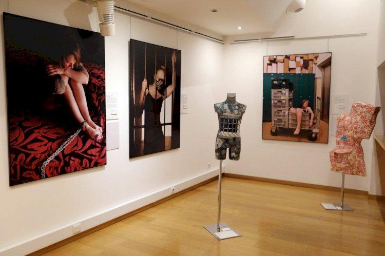 """""""Mercadoria Humana 4"""" exposição sobre o tráfico de seres humanos patente na Lousã"""