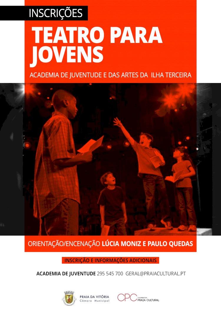Academia de Juventude e das Artes da Ilha Terceira com aulas de formação de teatro, dança e piano para jovens