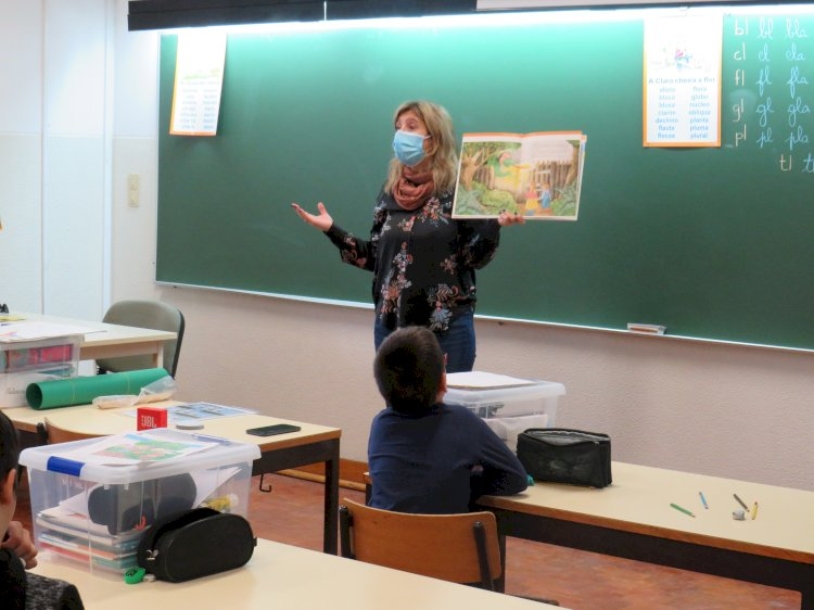 Biblioteca de Viana leva projeto de literacia emocional às escolas