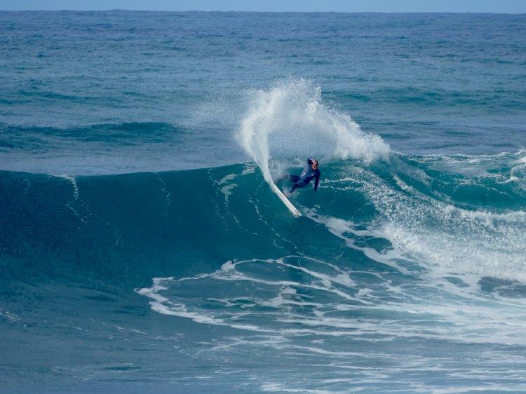 Selecção Nacional de Surf treina na Madeira  a pensar no apuramento para os Olímpicos