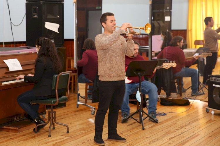Setúbal assina protocolo para apoiar uma nova escola de Jazz