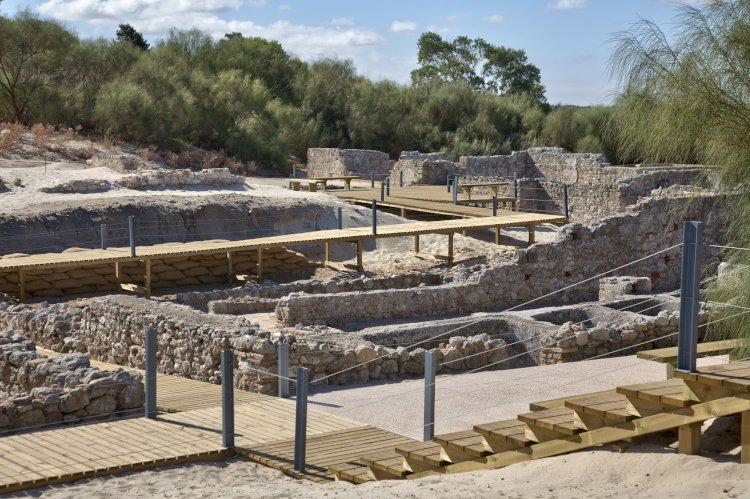 Dia Aberto para visitar os trabalhos arqueológicos nas Ruínas Romanas de Tróia