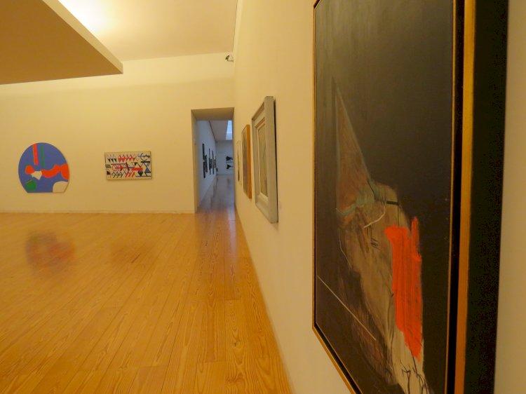 """Exposição """"Da Figuração à Abstração"""" no Museu de Arte Contemporânea Nadir Afonso"""