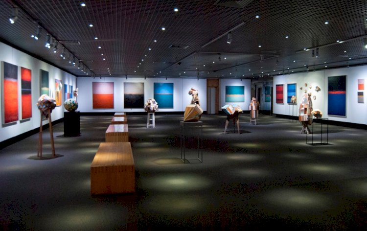 """Casino Estoril  acolhe exposição """"Heavy Colours"""""""